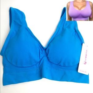 Other - NWT Womens Seamless Wire Free Removable Cups Bra